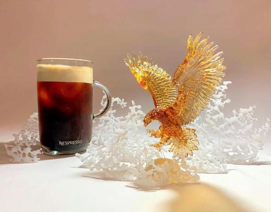 为咖啡机品牌Nespresso,制作的老鹰糖雕